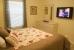 44-queenbedroom